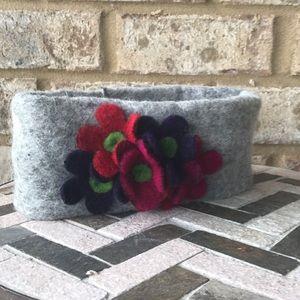 NWT Italian wool ear-warmer